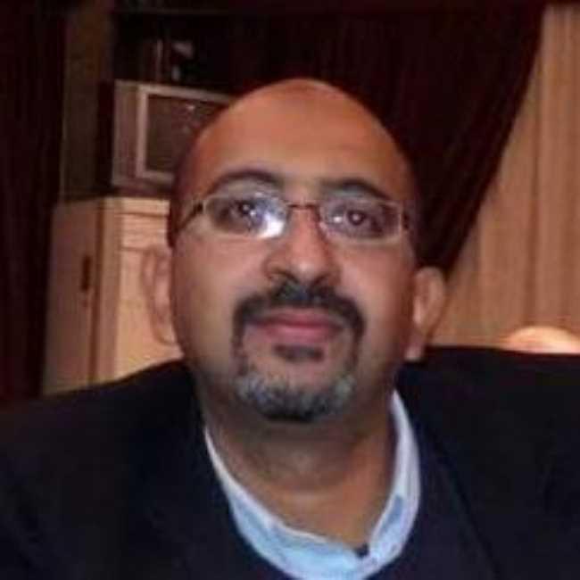 دكتور  مروان القصاص  استاذ و استشاري جراحة القلب و الصدر جامعة القاهرة الجيزة