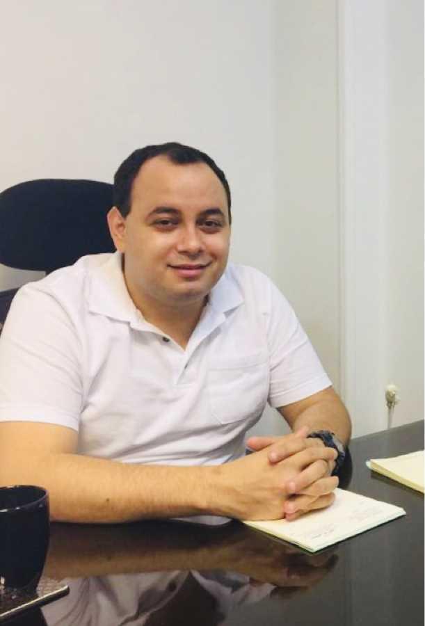 دكتور  مصطفى أبو الليل  أخصائي جراحة الأوعية الدموية والجراحة العامة والقدم السكري 6 اكتوبر