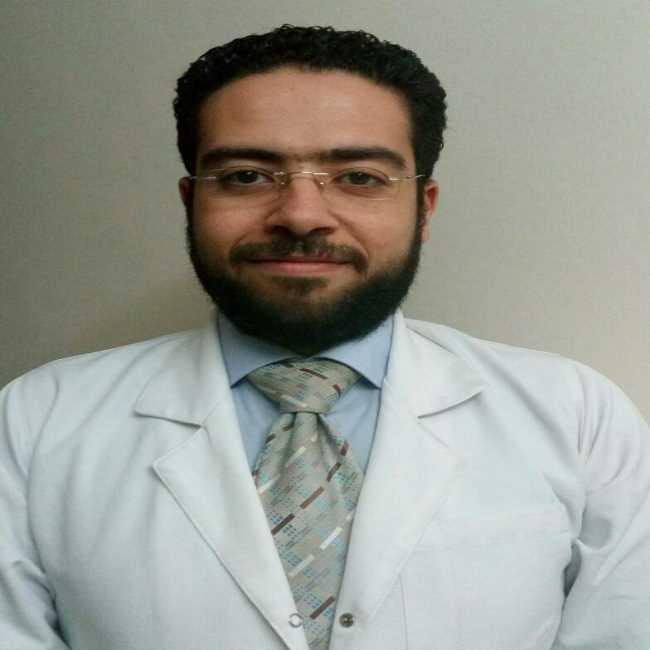 دكتور  مصطفي صلاح  أخصائي طب و أمراض النساء و التوليد القصر العيني الجيزة