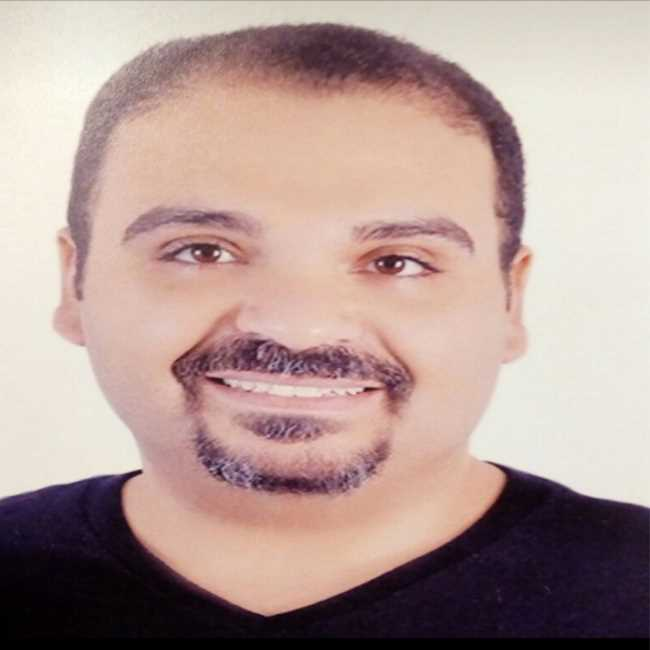 دكتور  منير جلال زكي  اخصائي طب و جراحة الفم و الاسنان القاهرة