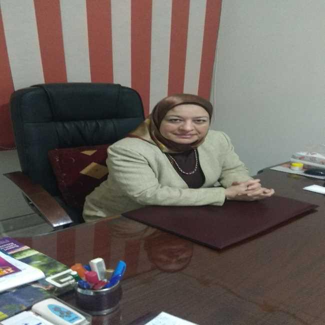 دكتورة  نجاح كمال  استشاري طب الاطفال و حديثي الولاده الاسكندرية