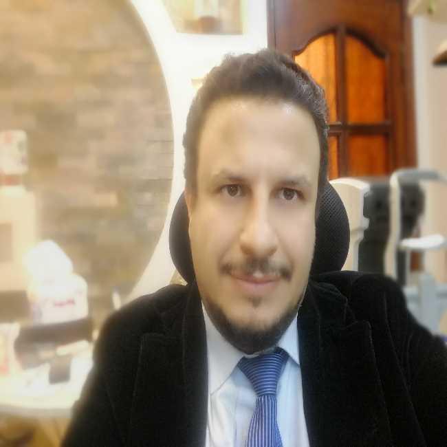 دكتور  نمير محمود ابو الوفا عابدين  استشاري طب وجراحة العيون. الغربية
