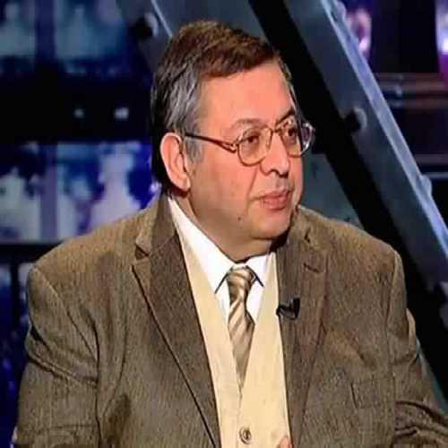 دكتور  هاشم بحرى  استاذ و رئيس قسم الطب النفسي - جامعة الازهر القاهرة