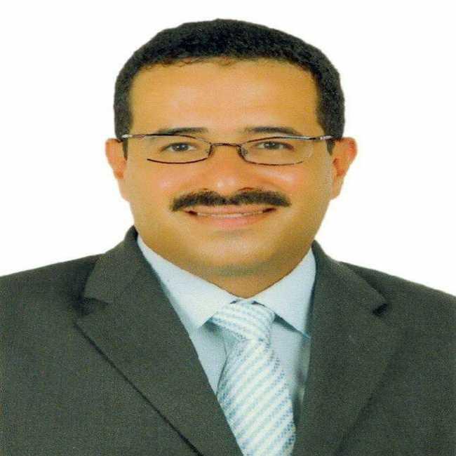 دكتور  هاني سعد عبدالعزيز  استشارى جراحة التجميل و الحروق و اليد القاهرة