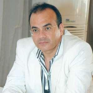 دكتور  هشام كوزو  أستاذ ورئيس وحدة أمراض السمع والاتزان كلية طب الإسكندرية الاسكندرية