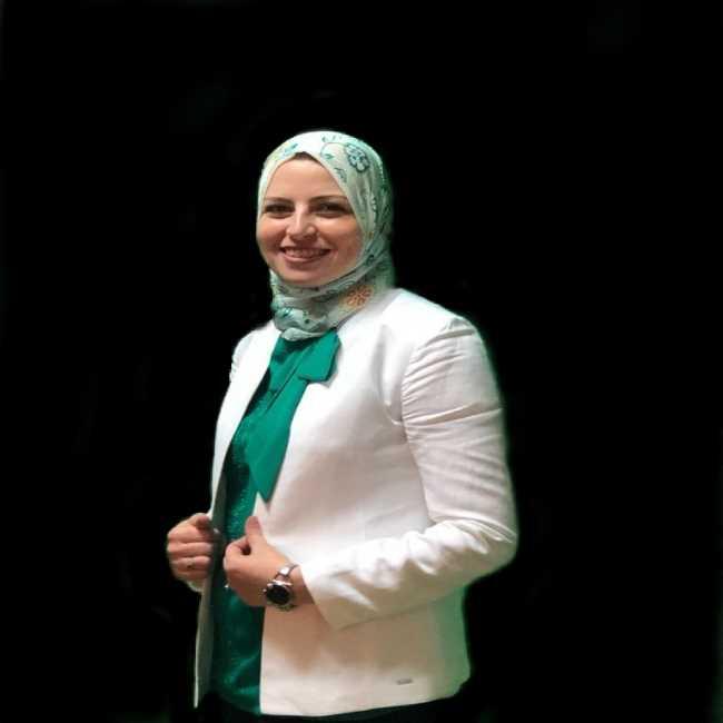 دكتورة  وسام عفيفي  اخصائية التغذية العلاجية القاهرة