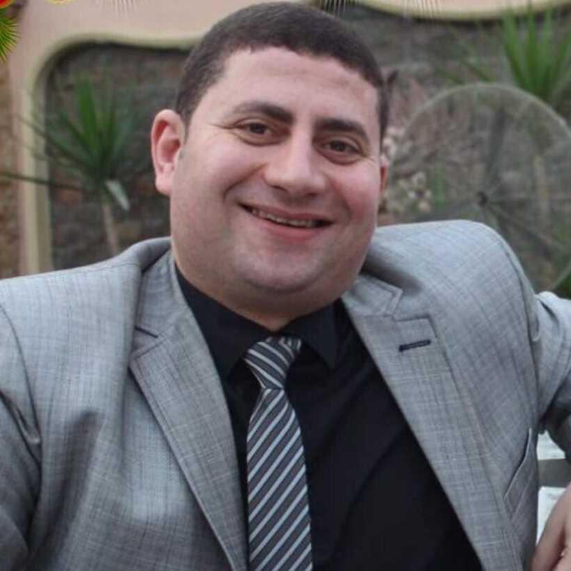 دكتور  وليد الشناوي  إستشارى جراحة الأوعية الدموية والقسطرة العلاجية والقدم السكرى القاهرة