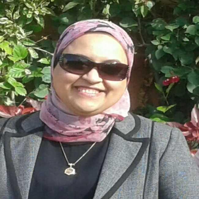 دكتورة  ياسمين سعد  أستاذ تخسيس وتغذية بكلية الطب جامعة القاهرة القاهرة
